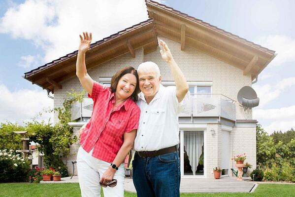 old-people-home-invest-1160x773